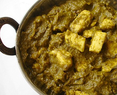Palak_paneer_spinach_indian_cheese