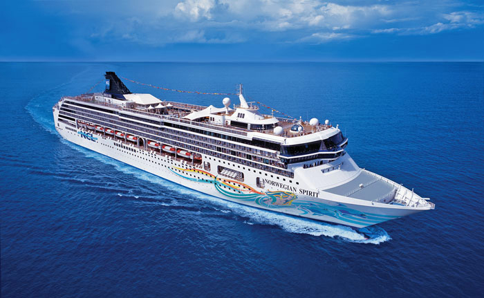 Spirit_ship1_atsea_web