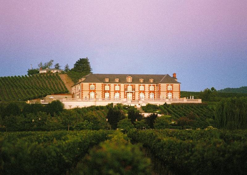Photo: Domaine Carneros chateau