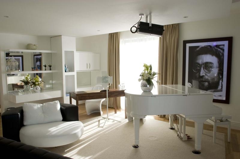 Photo: Lennon suite at Hard Days Night Hotel