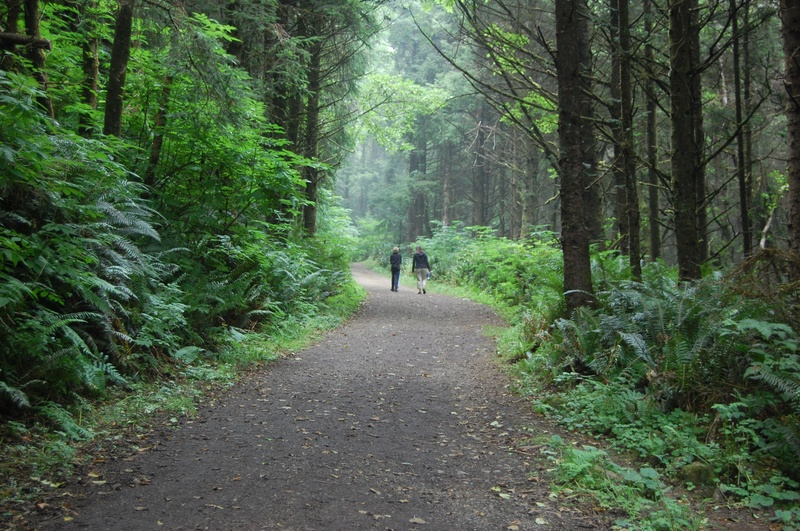 Photo: Hiking in Oregon