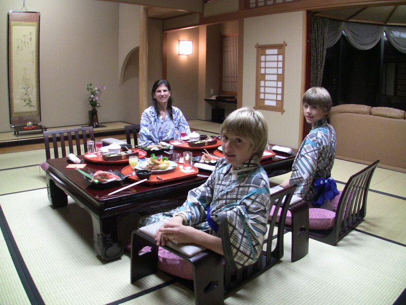 Photo: Jenss family in Japan
